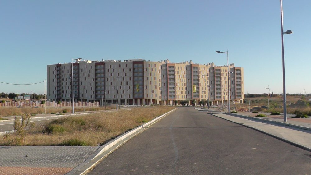 Se resuelven los contratos con 2 constructoras del iii for Constructoras de viviendas