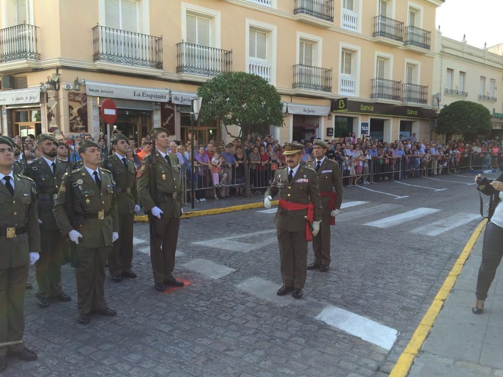 Saludo Militar/ Sergio Maya