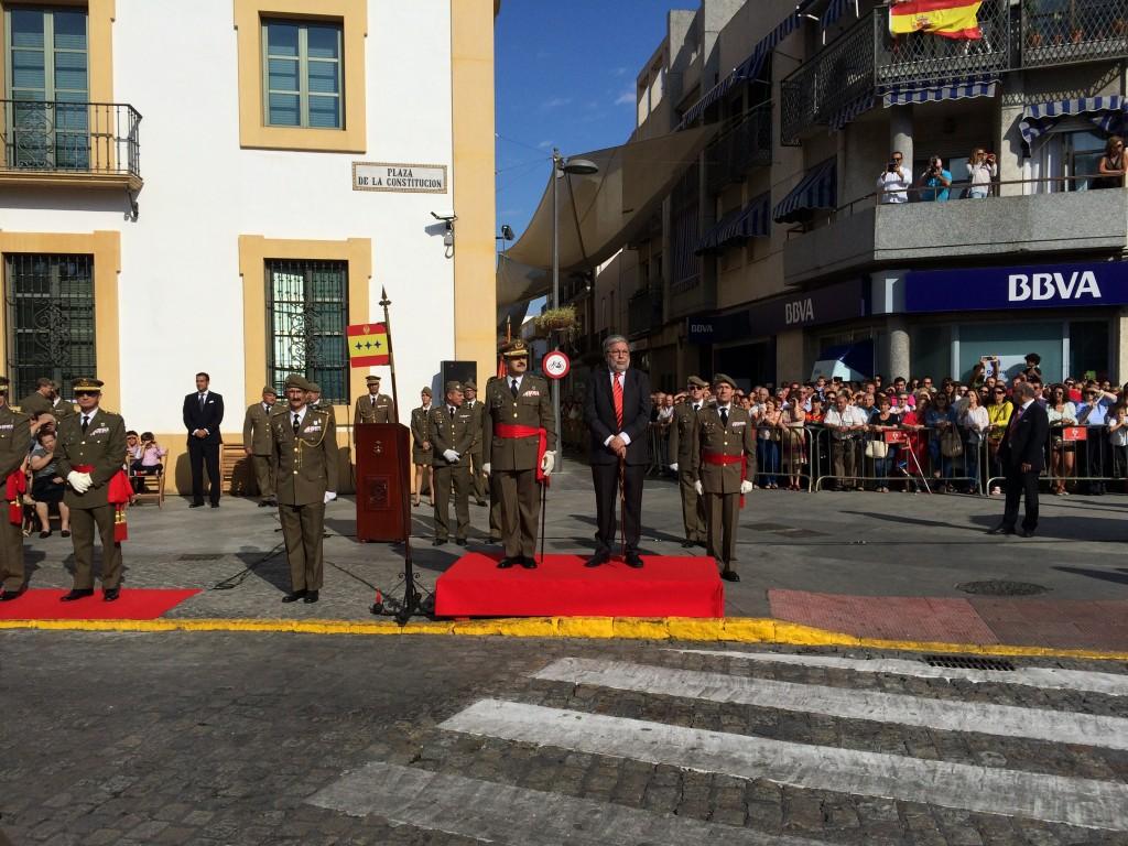 Presidiendo la Parada Militar/ Sergio Maya
