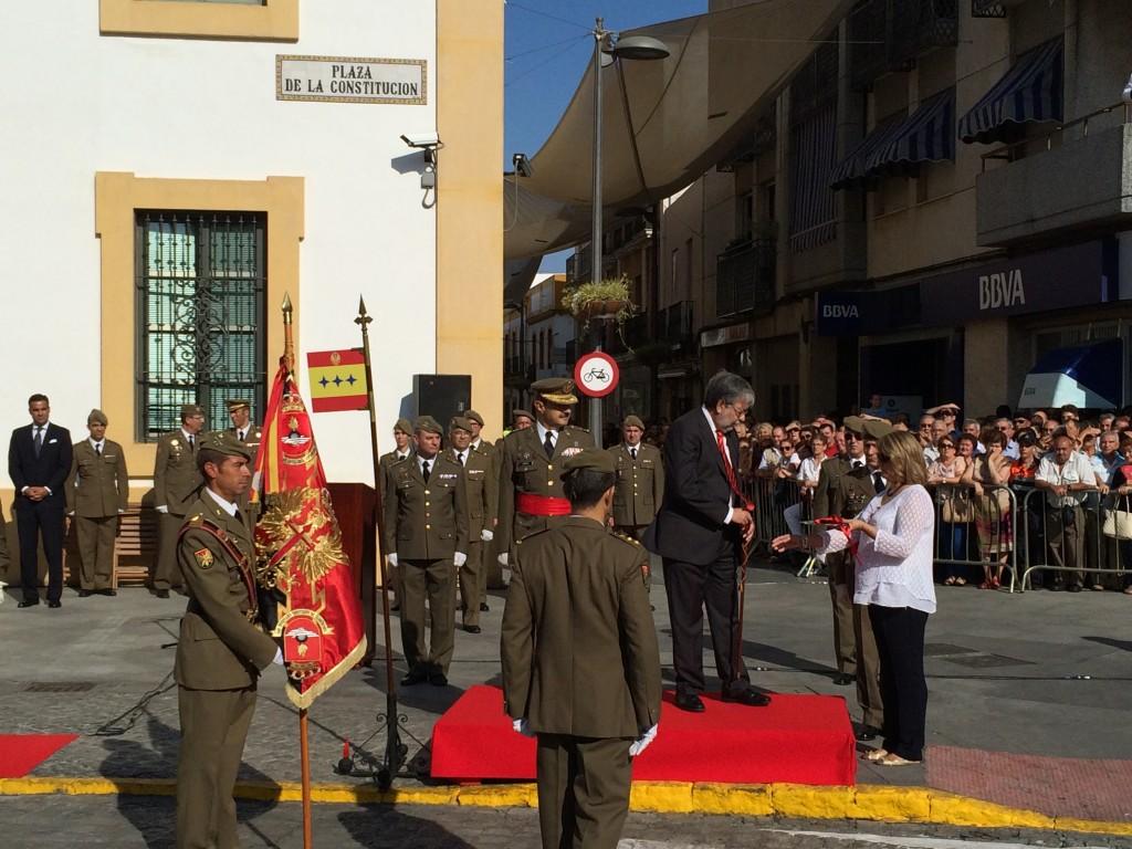 Imposición de la Corbata al Guión del Regimiento/ Sergio Maya