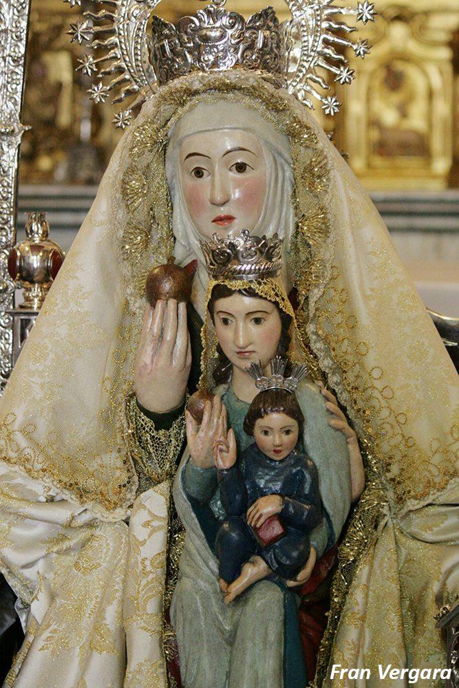 Fotos besamanos de santa ana patrona de dos hermanas - Polveros en dos hermanas ...