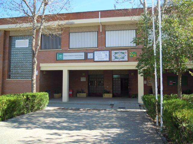 Cuatro colegios de Montequinto afectados por la problemática de los ...