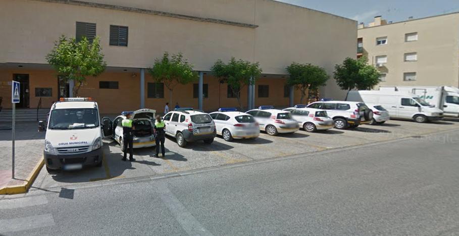 La polic a nacional pone desde este martes en funcionamiento una oficina de denuncias en montequinto - Oficina policia nacional ...